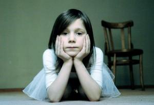 Niños que obedecen, adultos que complacen